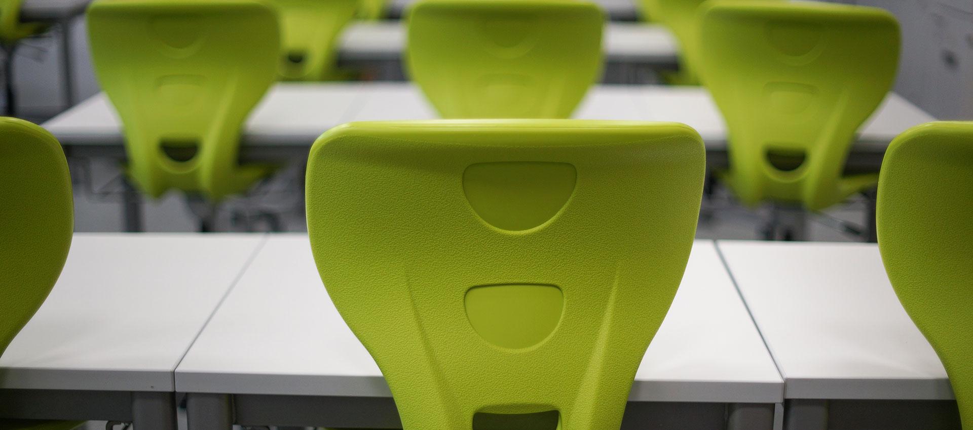 classroom-chairs